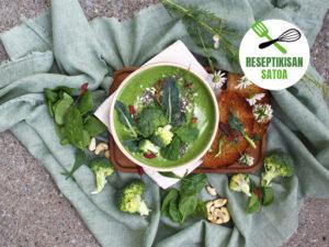 Reseptin kuva: Pinaatti-parsakaalikeitto